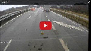 2015-03-16 13_05_30-McLaren 650S crash captured on dashcam _ TopCar