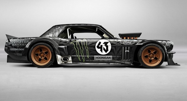Ford-RTR-Hoonicorn-65-mustang-feat