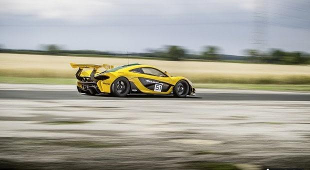 McLaren F1 va P1 GTR (3)