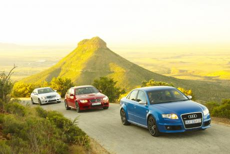 RS4 leads the pack through the pass